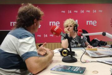 Entrevista en Radio 4 de RNE, Programa «Amics i Coneguts» con Sílvia Tarragona